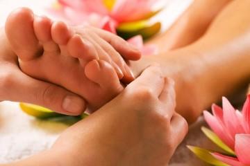 medical-foot-massage-800x500